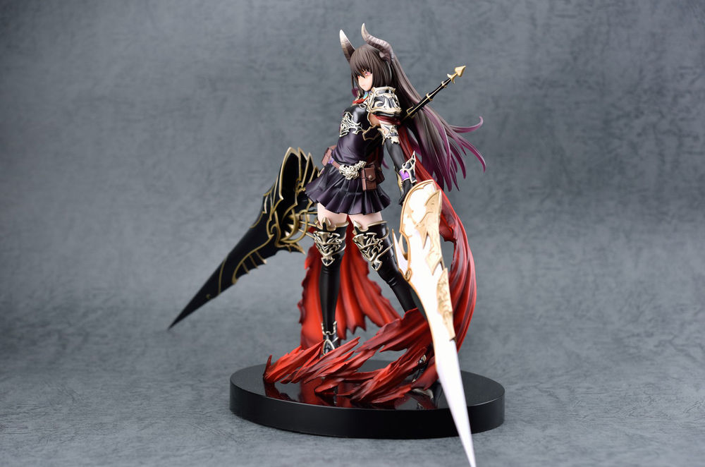神撃のバハムート1/8 Scale pre-painted figure Garage Kits Resin Models-Garage Kit Dolls
