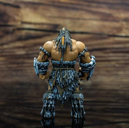 World of Warcraft WOW Orc Leader Durotan 11cm Garage Kits Hand Do Plastic Model-Garage Kit Dolls